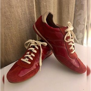 Cole Haan size 6 Sneakers!!!
